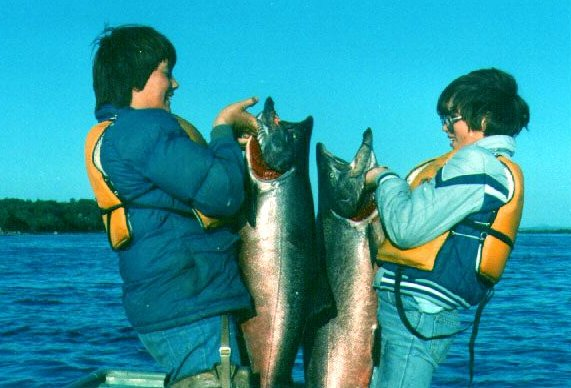 Tom Flynn's Kids With Very Large King Salmon